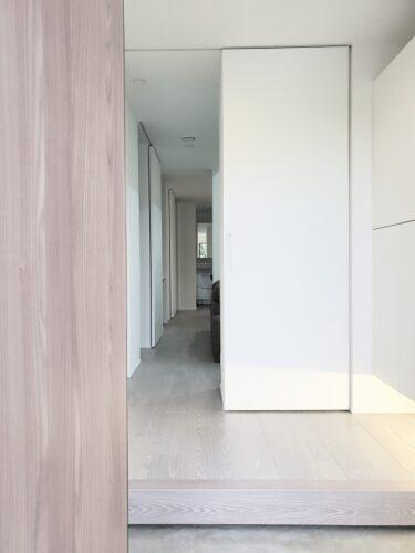 玄関の正面